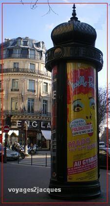 rues typiques paris