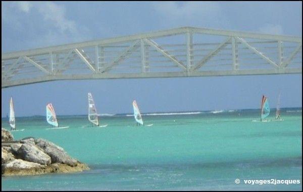 http://voyages2jacques.v.o.pic.centerblog.net/5fec6421.jpg